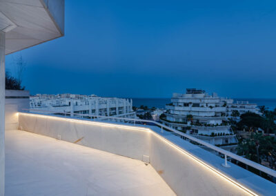 Luxurious duplex penthouse in Marbella02